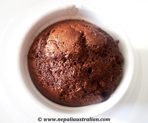 Chocolate self-saucing pudding (1)