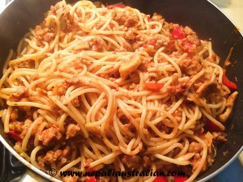 Chicken spaghetti Bolognese (3)