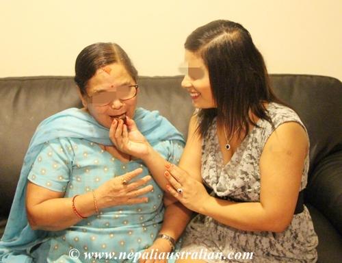 Aama ko Mukh herne (11)