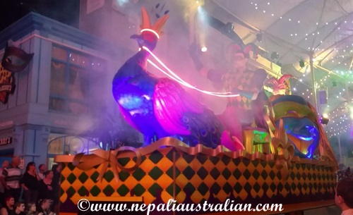 Movie World's Carnivale Night (2)