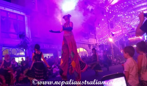 Movie World's Carnivale Night (3)